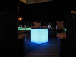 Oplaadbare multicolor LED Kubusverlichting 40 cm